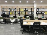 2층 사무실 내부